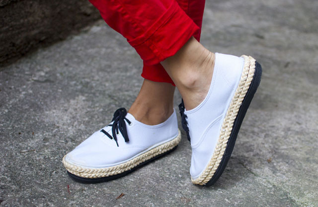Turn your canvas shoes into platform espadrille sneakers!