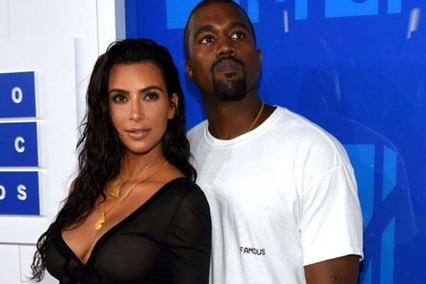 Kim Kardashian has been robbed at gun point in Paris